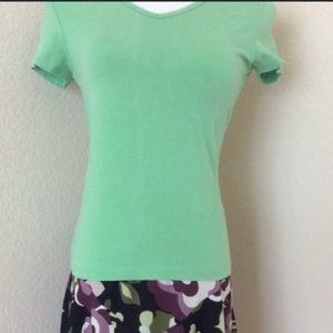 Green top knit top short sleeves v neck green top